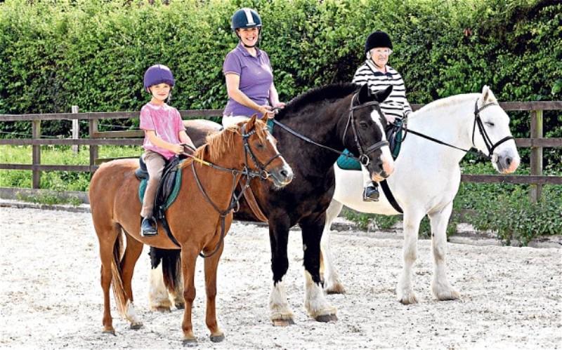 horse-riding-2_2315716b